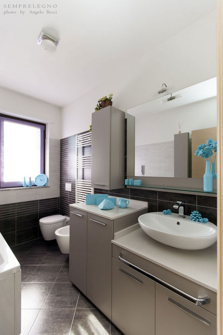 Modern Bathroom Tailored Cabinets